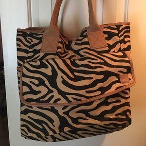 Handbags - Animal Print Tote Bag